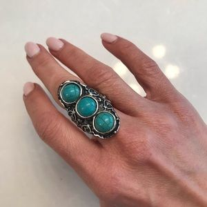 Vintage silver and turquoise statement ring